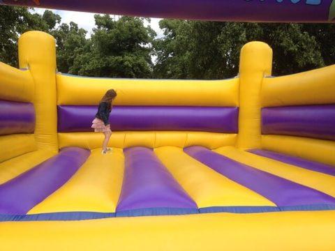 bouncing-castle-281046_640